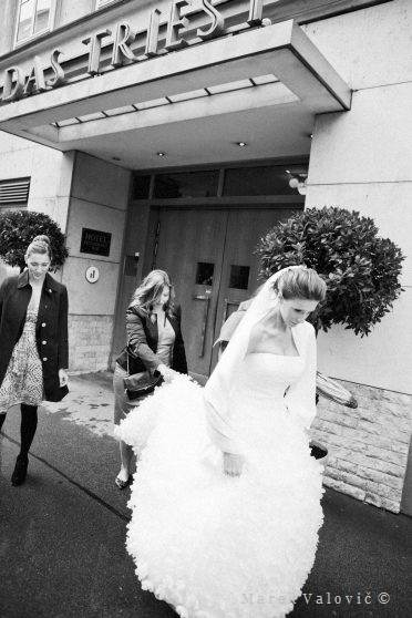 black and white wedding photography Vienna Das Triest