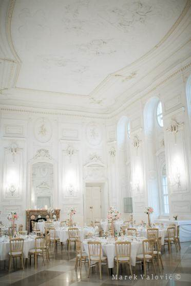 interiors in Schlosshof - Festsaal - Wedding decor