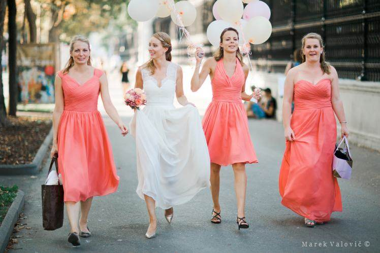 brides with maids walking