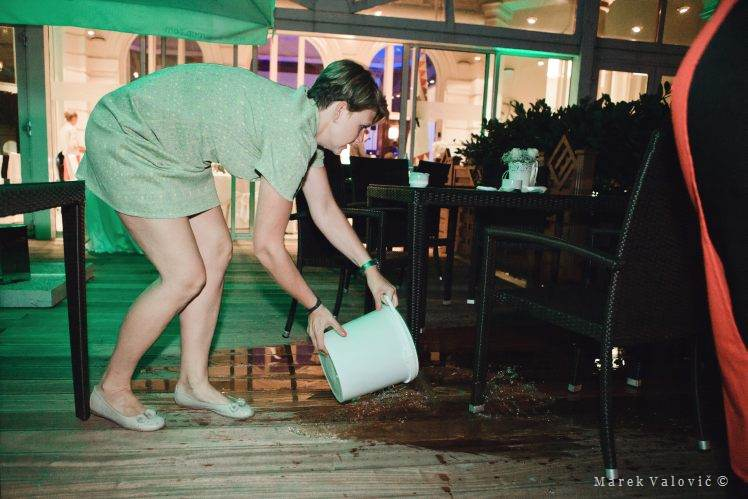 managing the wedding day