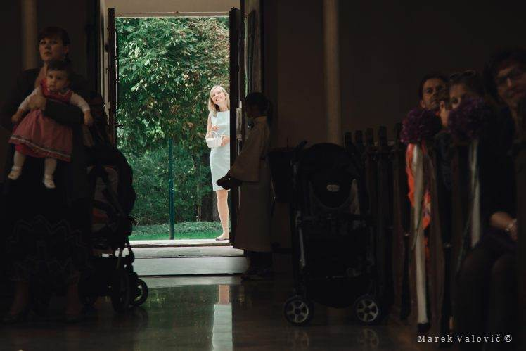wedding planner waiting