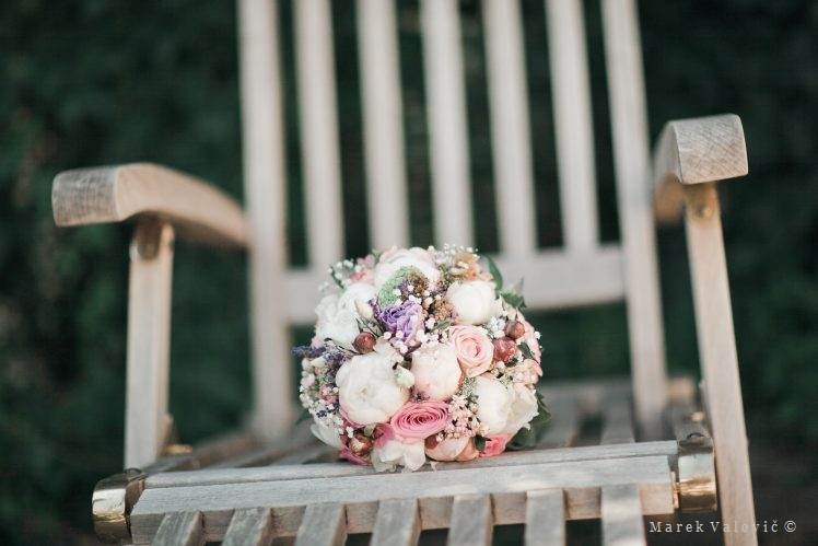 vintage bouquet on chair