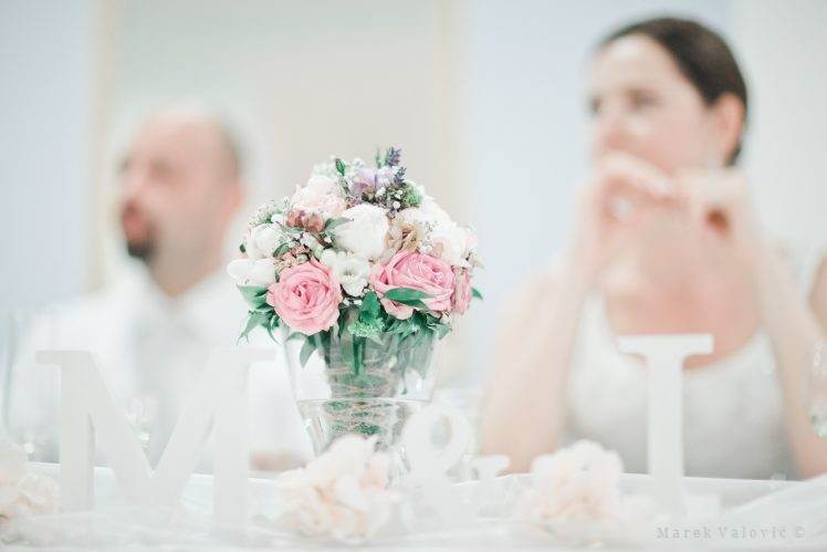 details of decorations - pastel colors on wedding