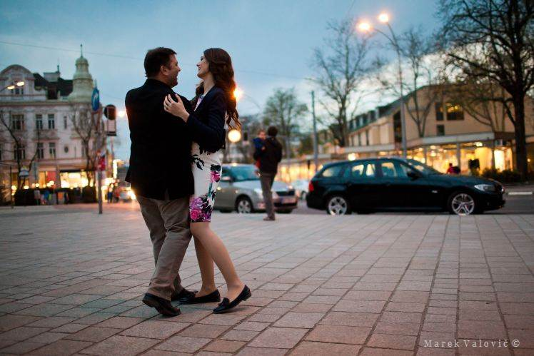 dancing in Vienna's streets
