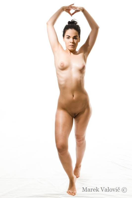 pose for artist nude woman figure white background