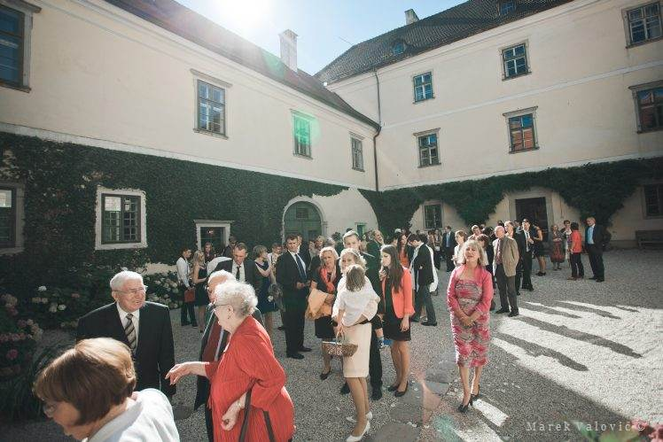 Schloss Altenhof's inner yard - wedding