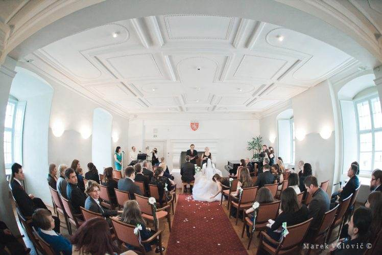 wedding locality Schloss Krumbach Styria Steiermark castle ceremony