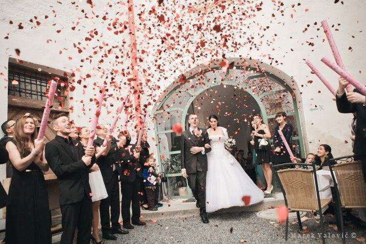 wedding locality Schloss Krumbach yard