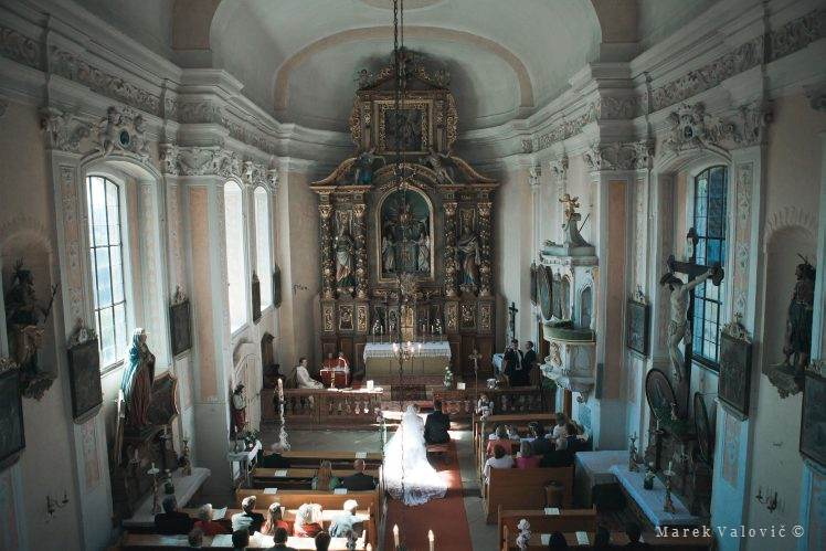 wedding Schloss Altenhof biggest private church Austria