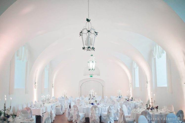 wedding locality Schloss Halbturn dinner hall