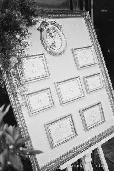table schedule Black and white wedding