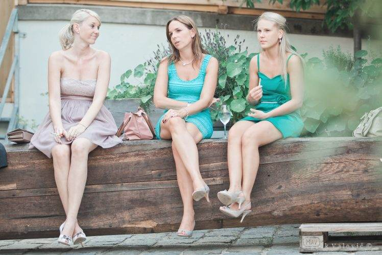 three maids on the weddings