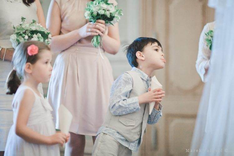 kid checking ceremony