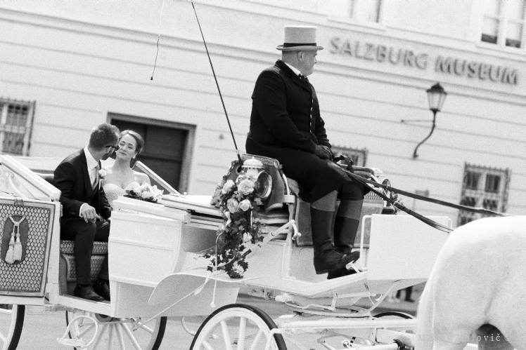 wedding horse drawn carriage in Salzburg - Kodak TRI-X400 FILM